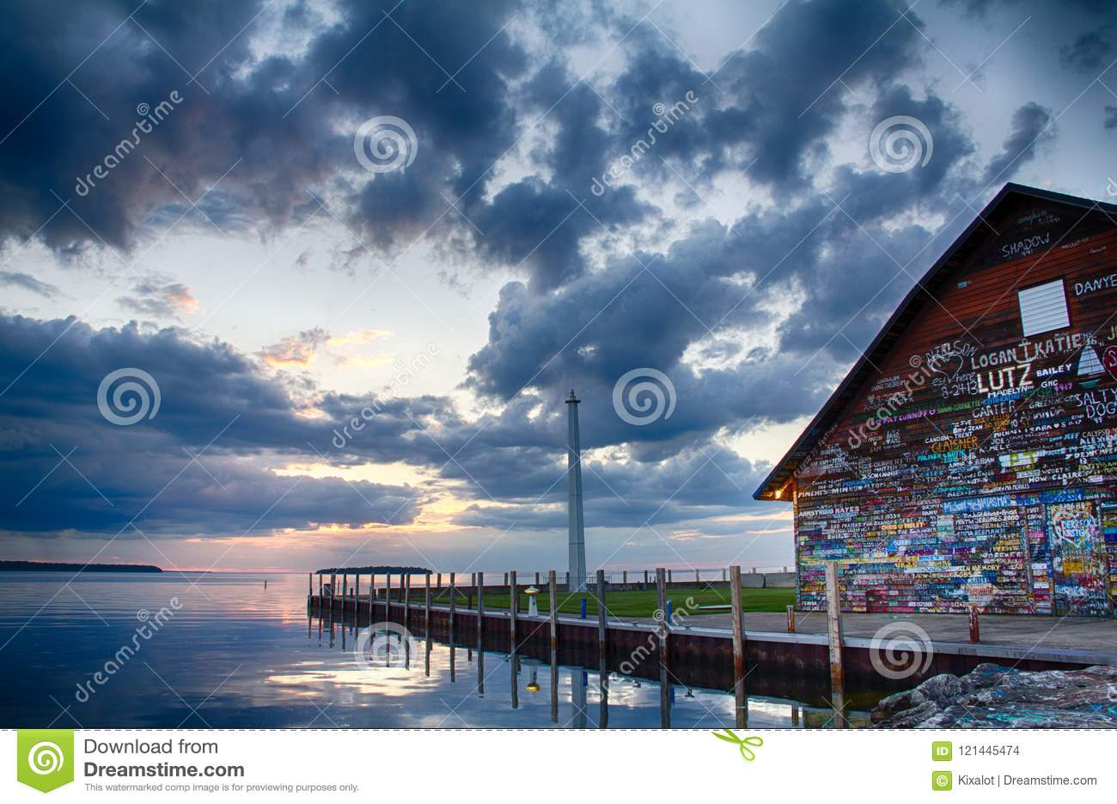 Galerij op Anderson Dock in Ephraim, WI bij Zonsondergang