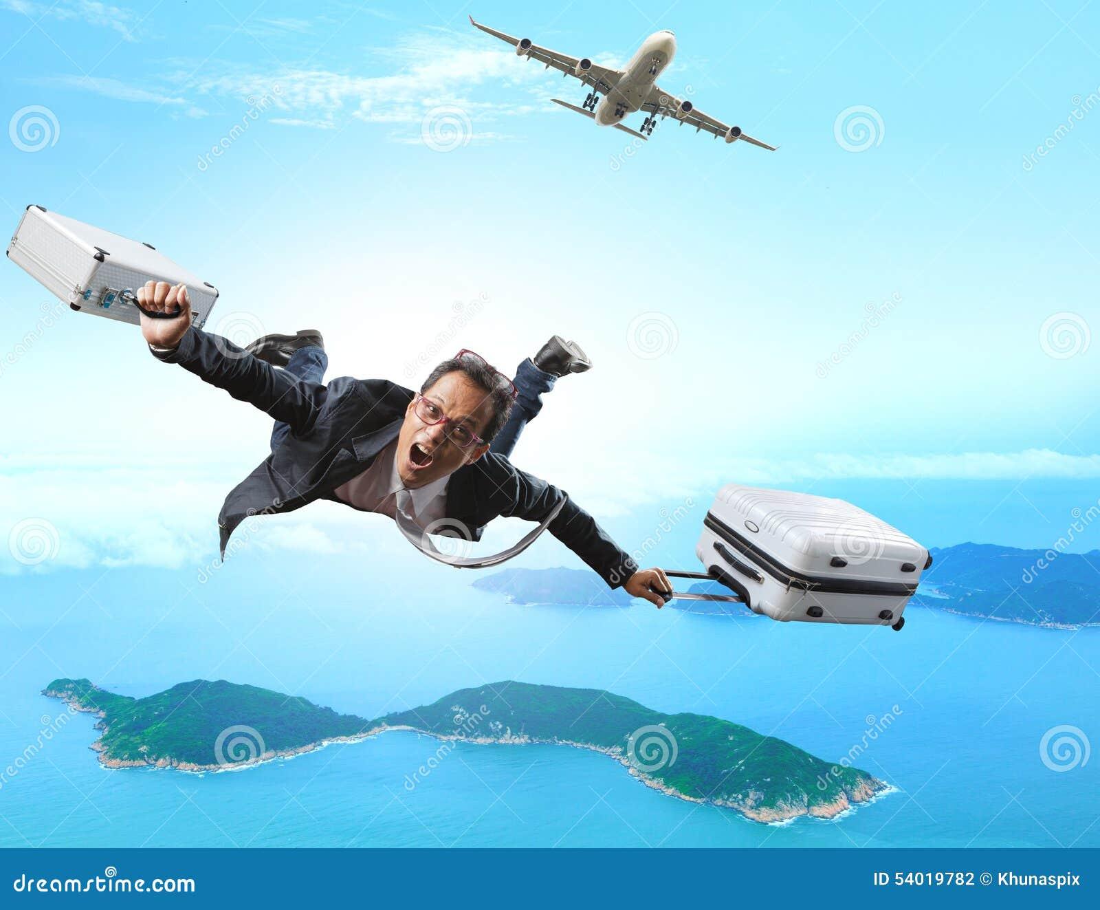 Galet flyg för affärsman från passagerarenivån med den portföljen