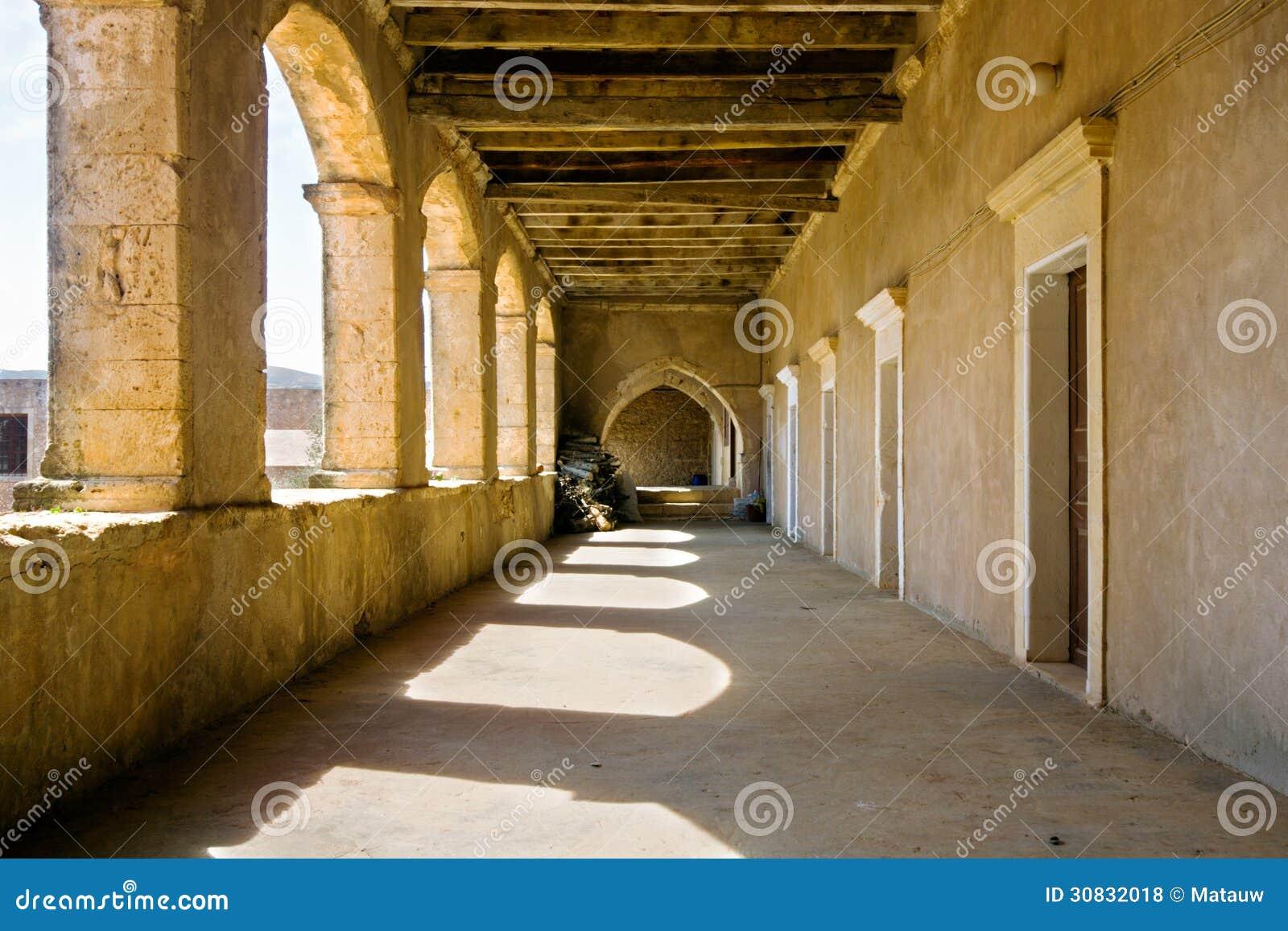 Galleria del monastero