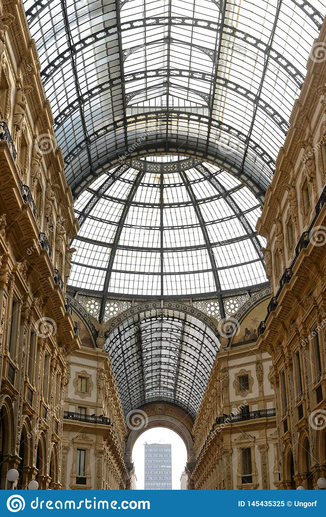 Galleria Vittorio Emanuele II Milano - szk?o dach
