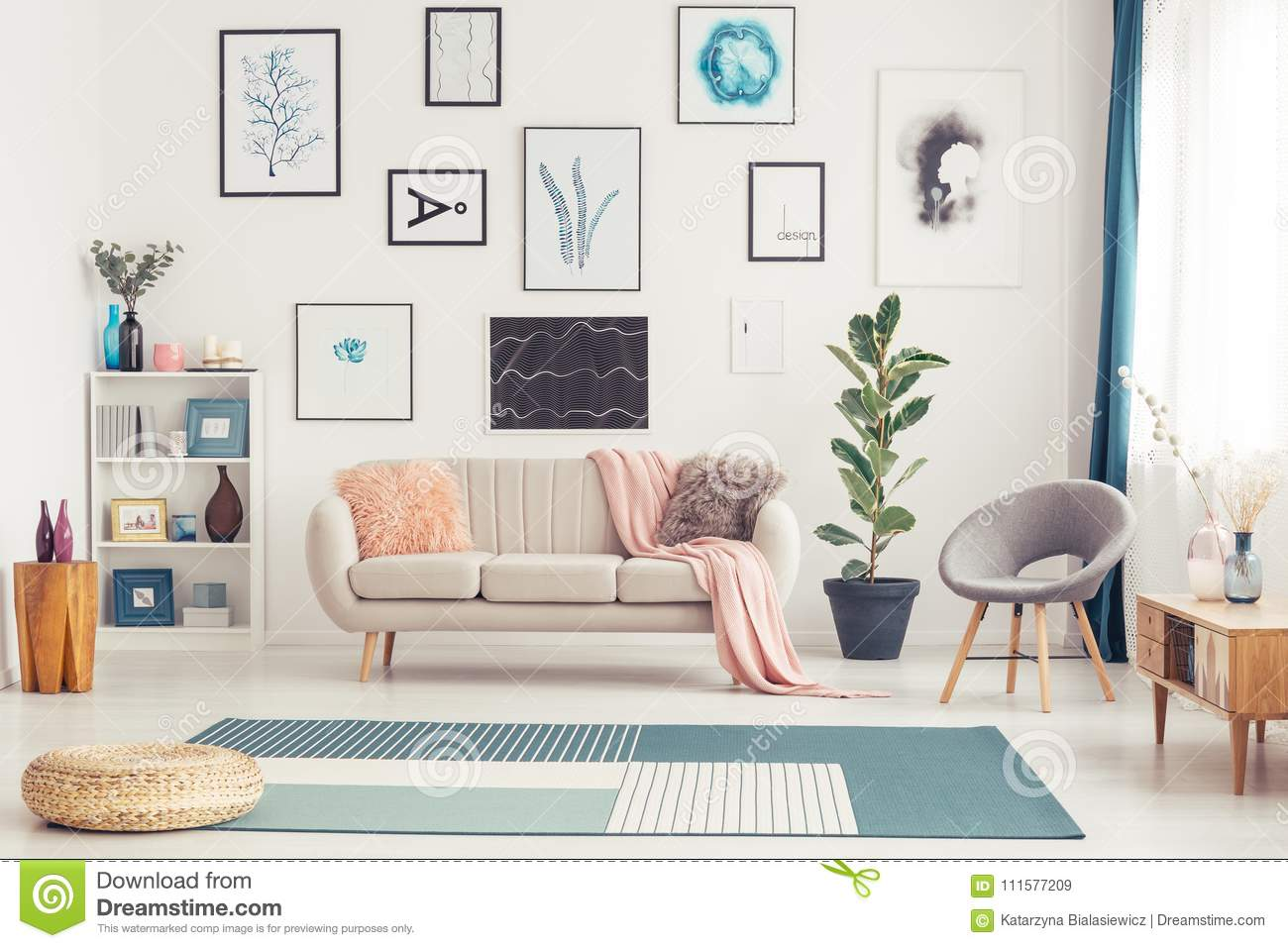 Gallery In Bright Living Room Stock Image - Image of pink, gallery ...