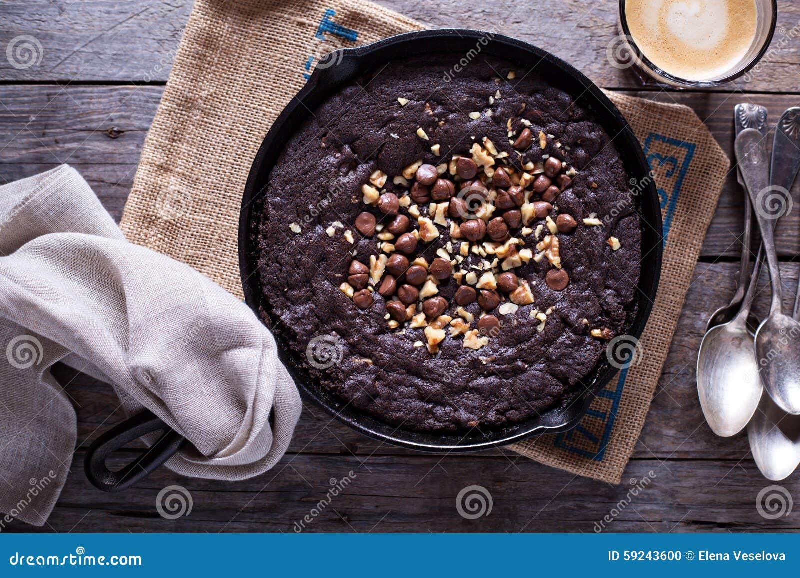 Download Galleta De La Sartén Del Chocolate Foto de archivo - Imagen de desayuno, leche: 59243600