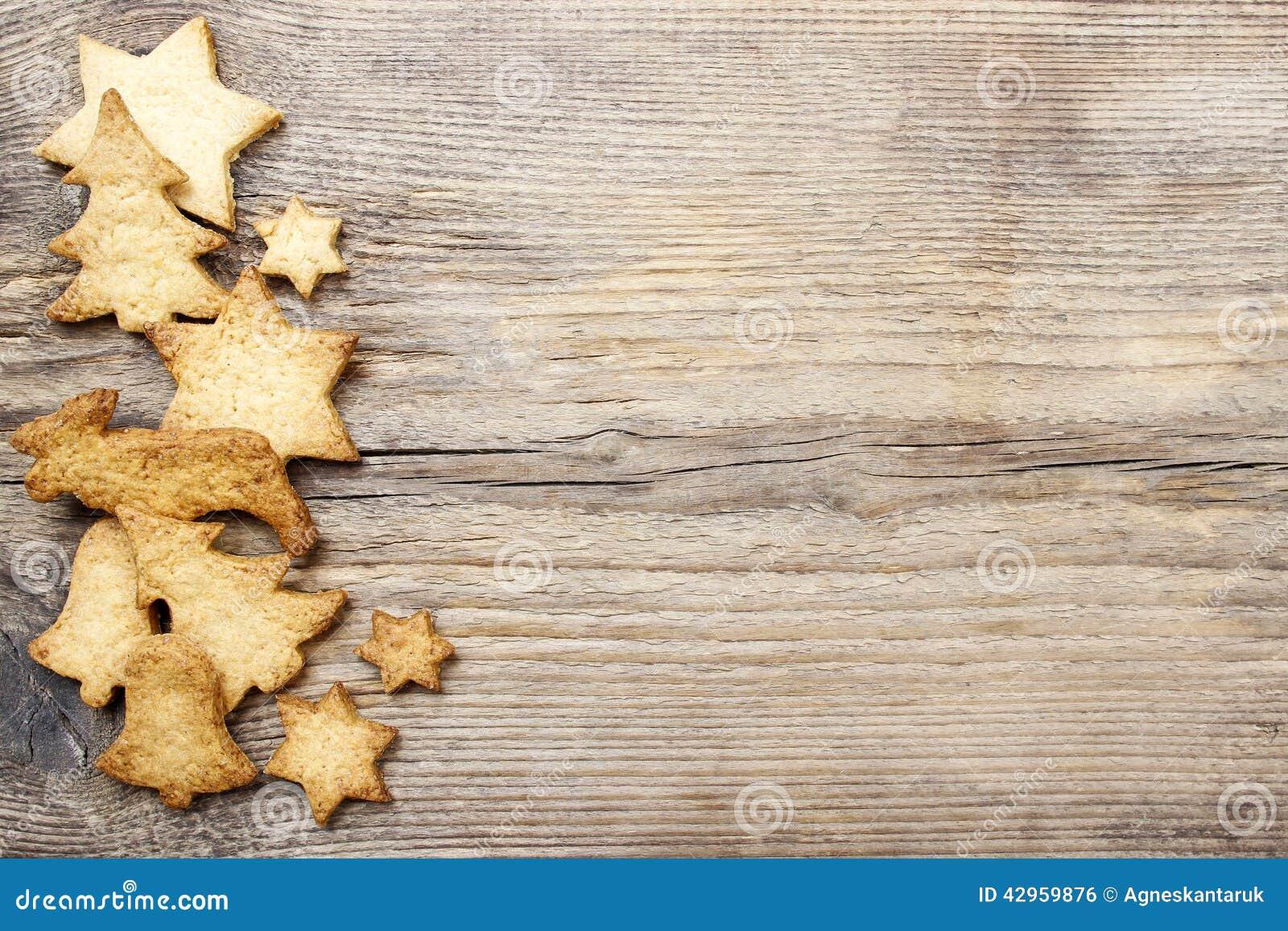 Galletas de la navidad en fondo de madera foto de archivo - Empanelados de madera ...