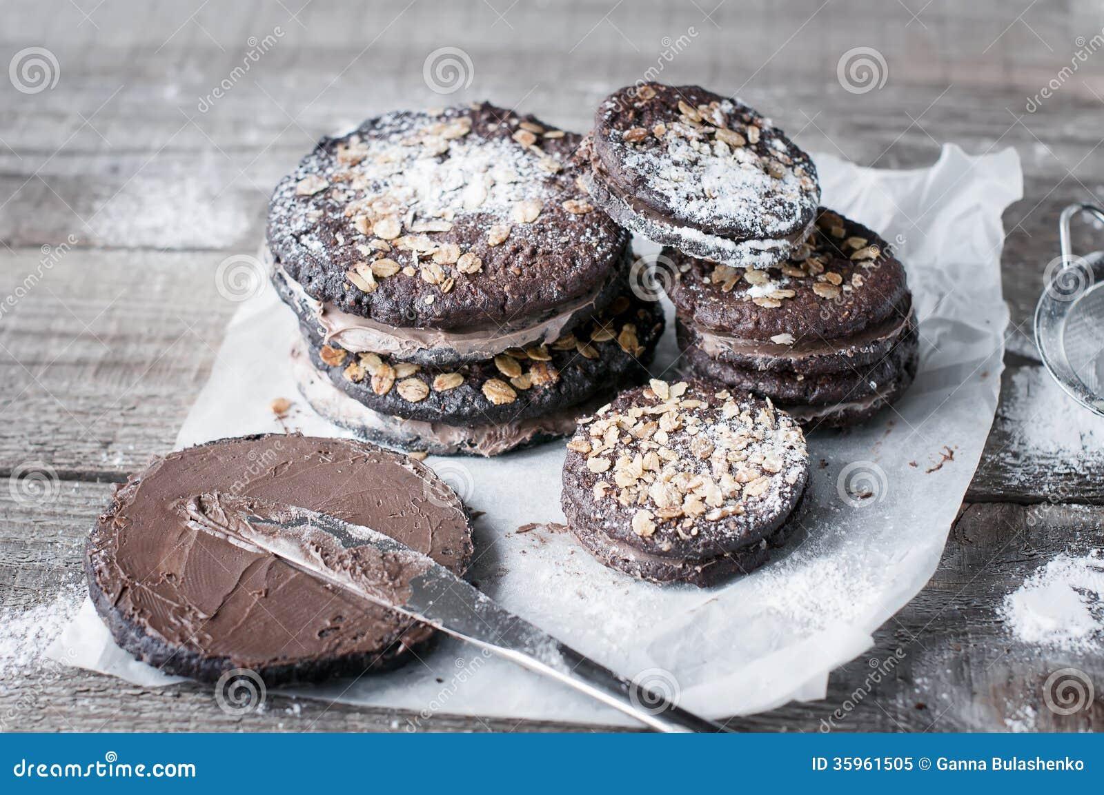 Galletas del chocolate de la harina de avena