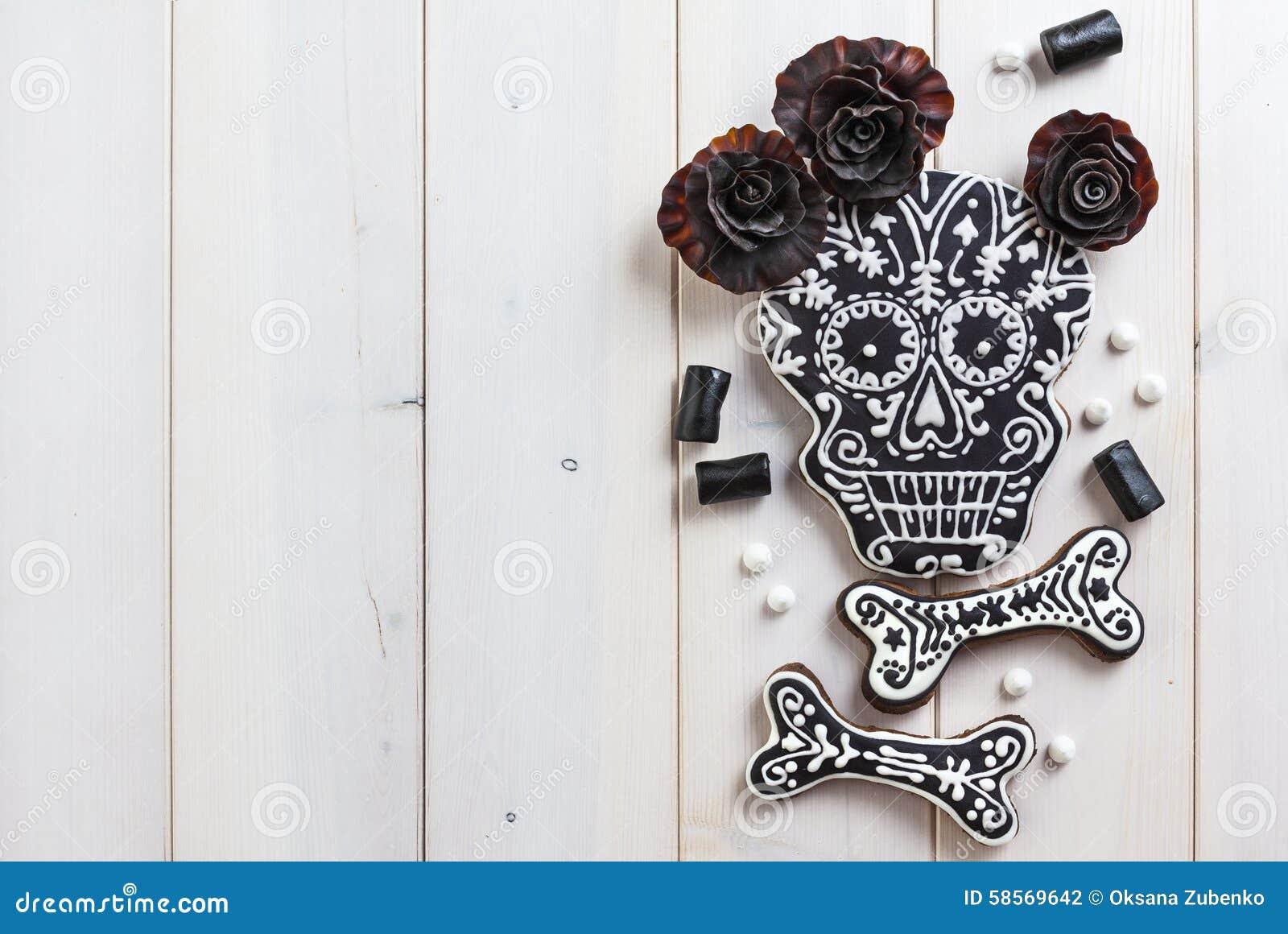 Galletas hechas en casa del cráneo para Halloween