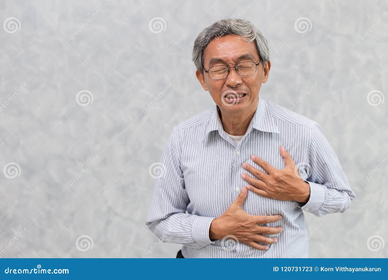 Gamal manmålarfärg från bröstkorg för hjärtinfarkthandräkning