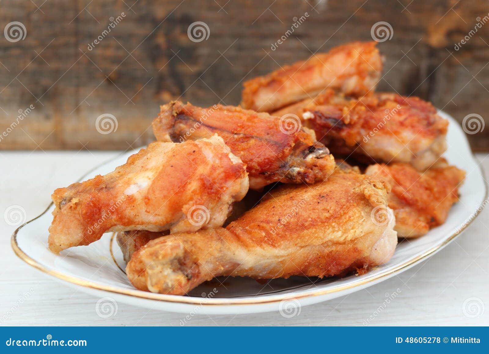 Gambe di pollo fritto del forno