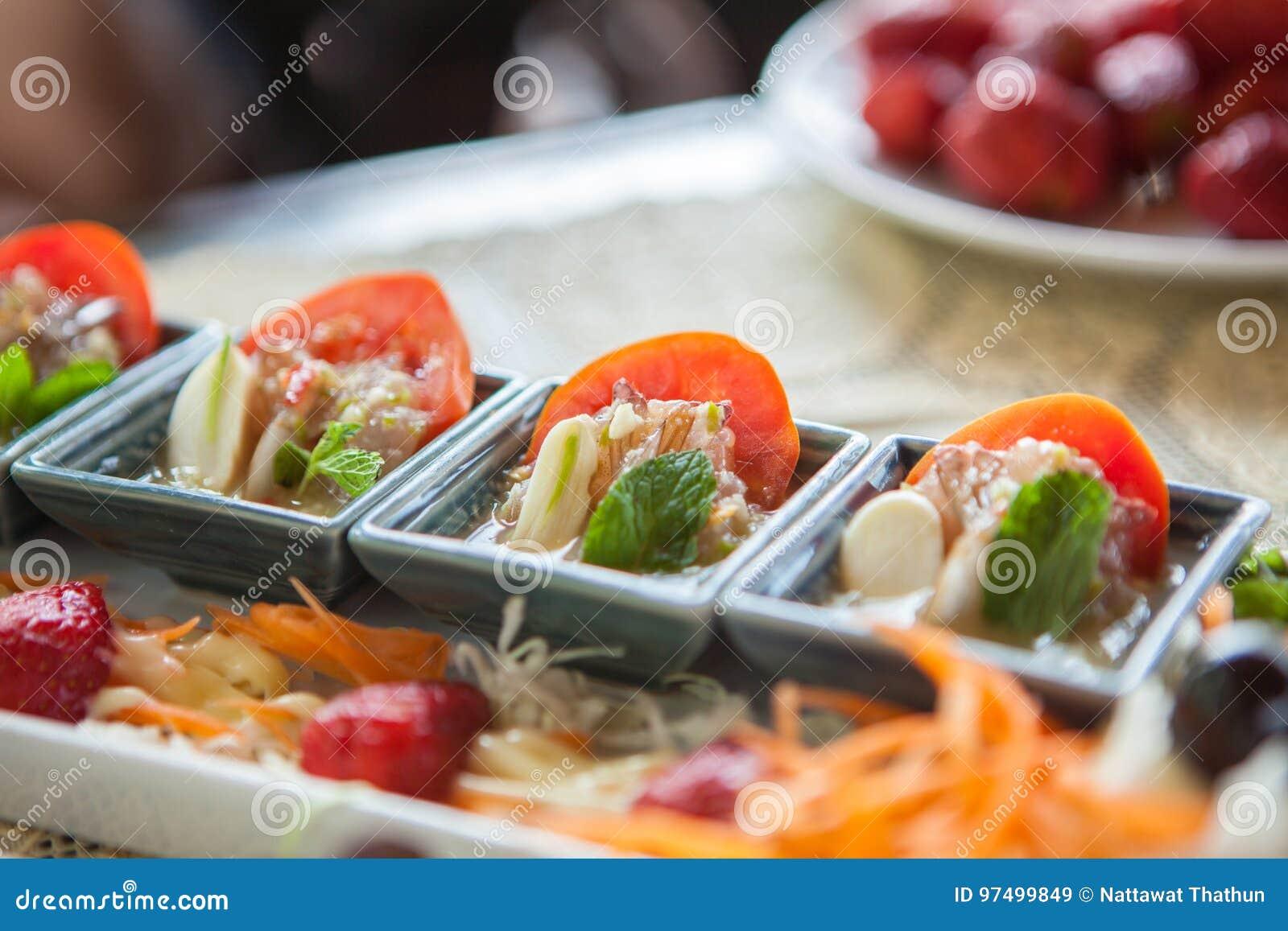 Gamberetto piccante dell insalata in salsa di pesce