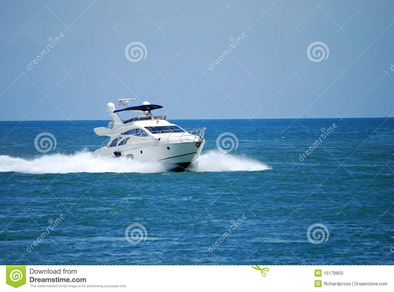 Game fishing boat stock photos image 15170803 for Boat fishing games