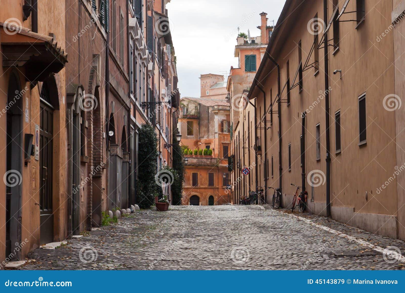 Gammal gata i Rome, Italien