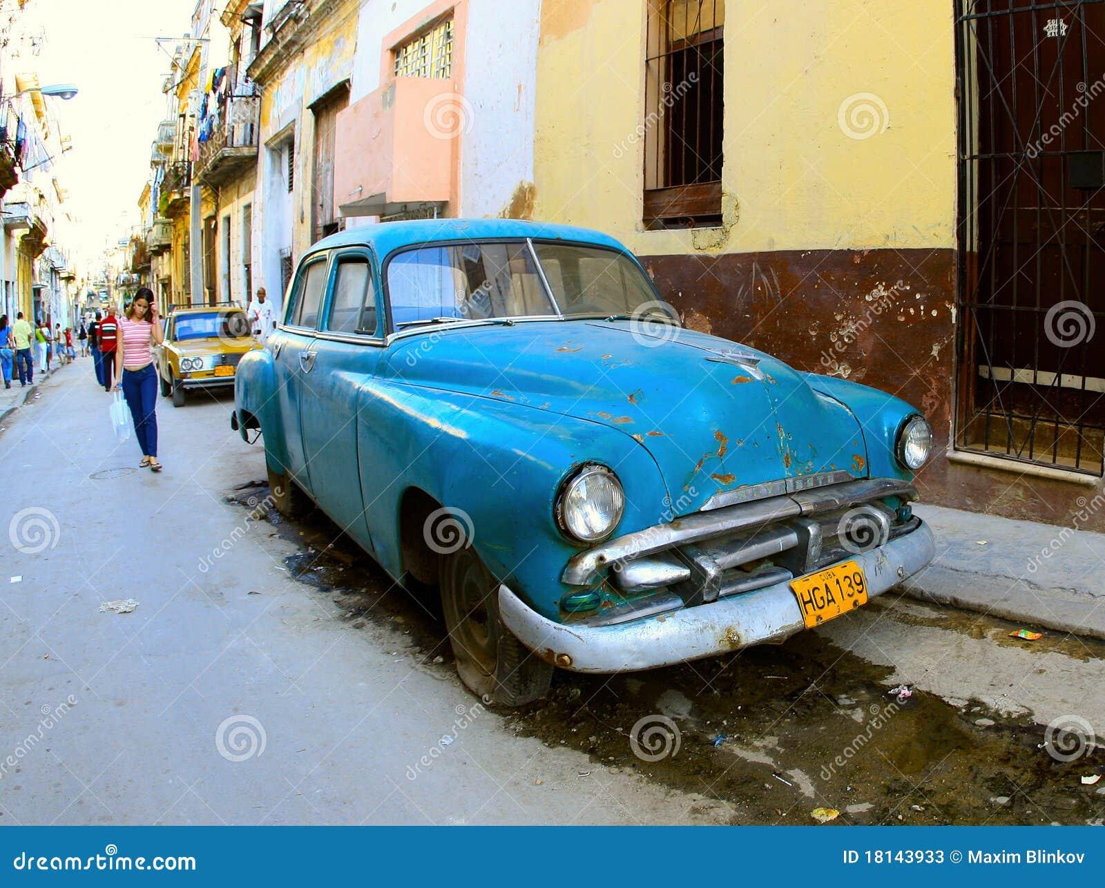 Gammal klassisk färg för blå bil