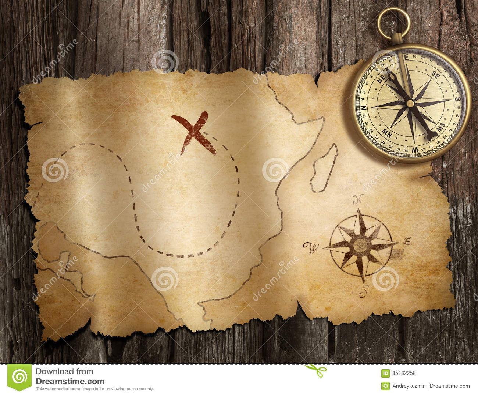 Gammal nautisk kompass på den wood tabellen med skattöversikten