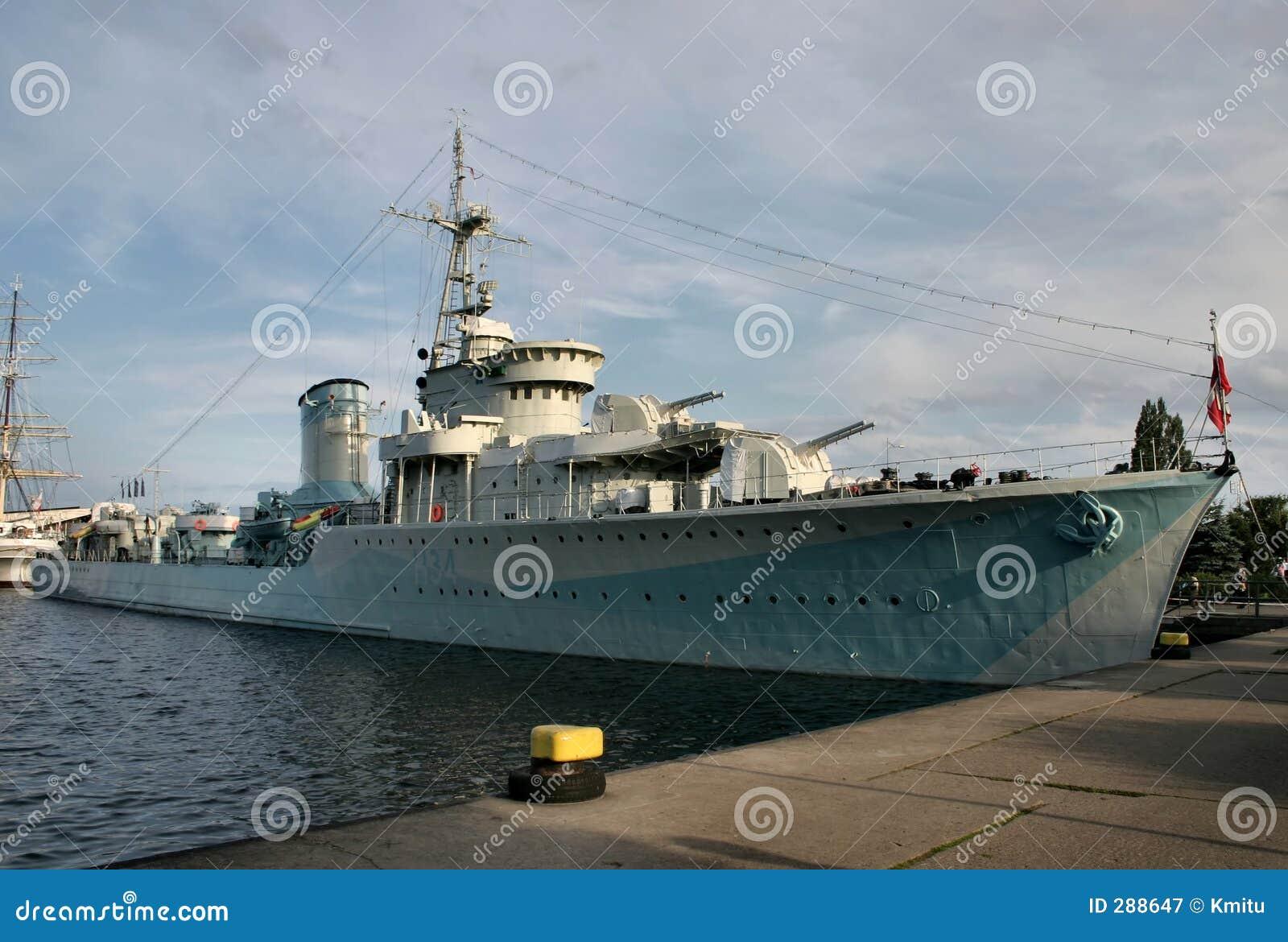 Gammal ship för strid