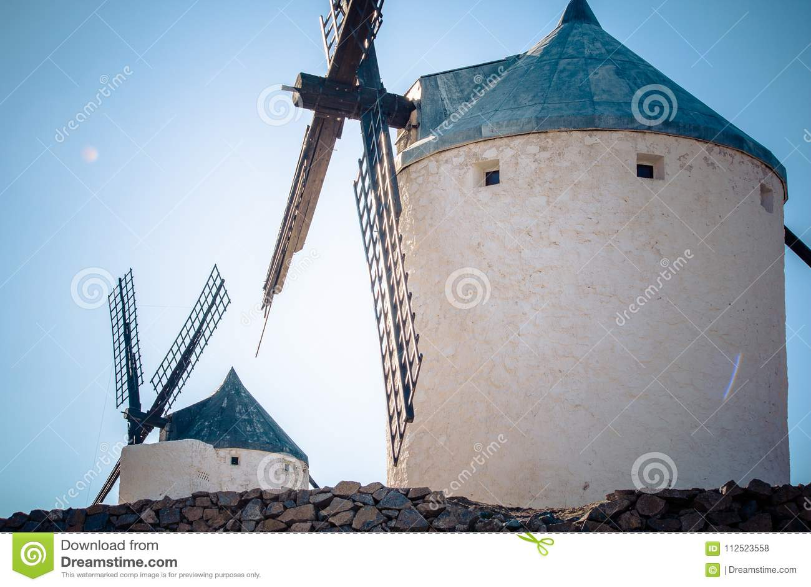 Gammal väderkvarn på Consuegra - Toledo Spain