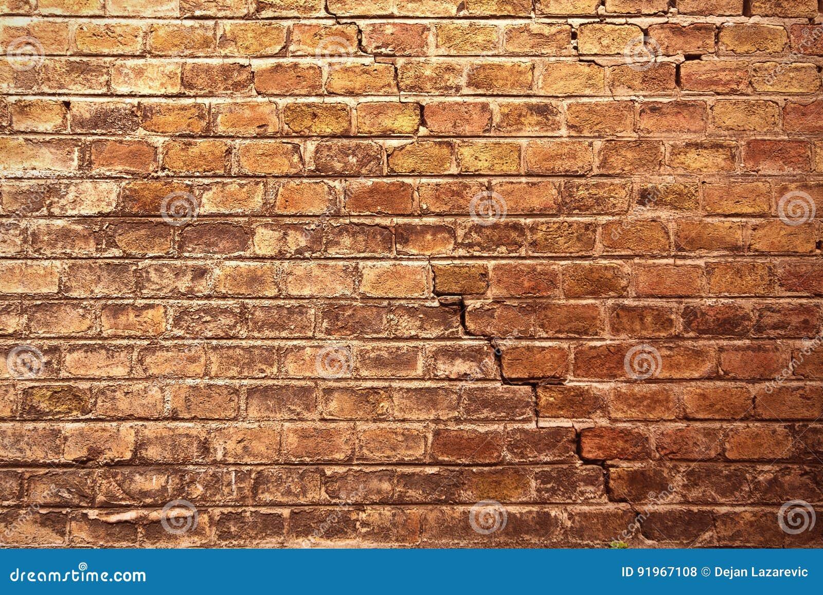 Gammal vägg för tegelsten