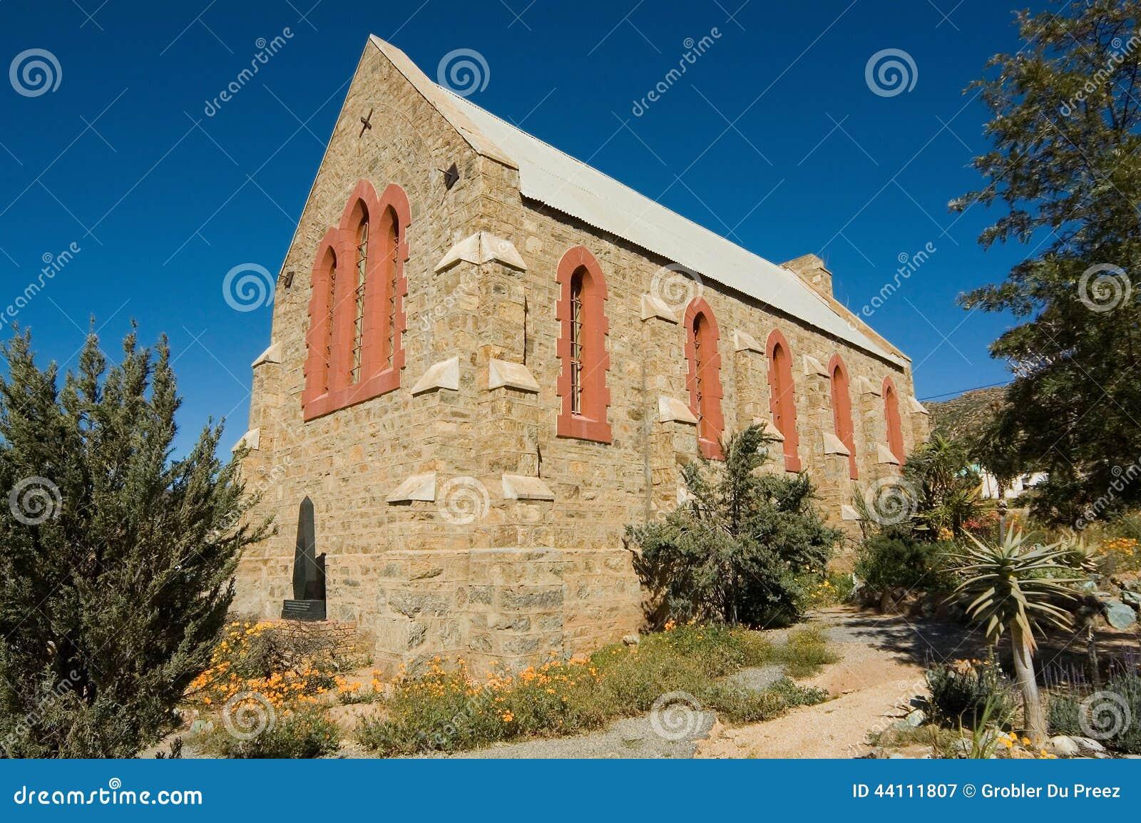 Gammalt all anglikansk kyrka för helgon i springbock
