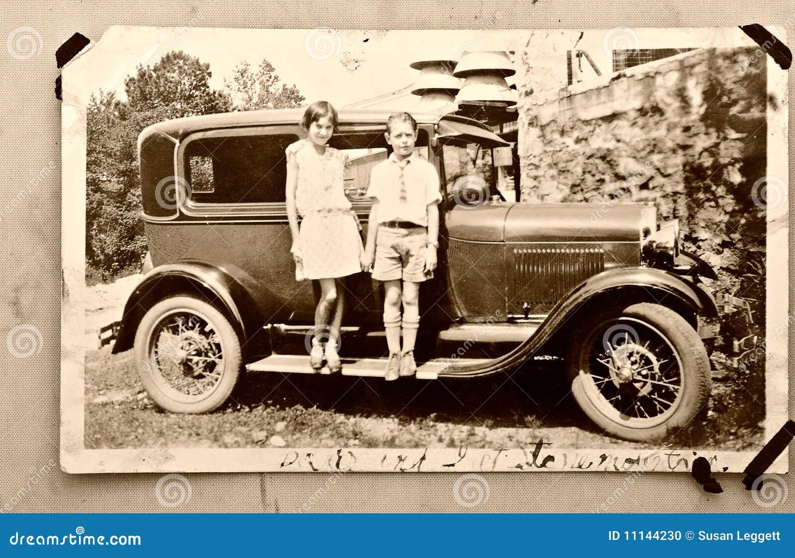 Gammalt foto 1900 för bilbarn