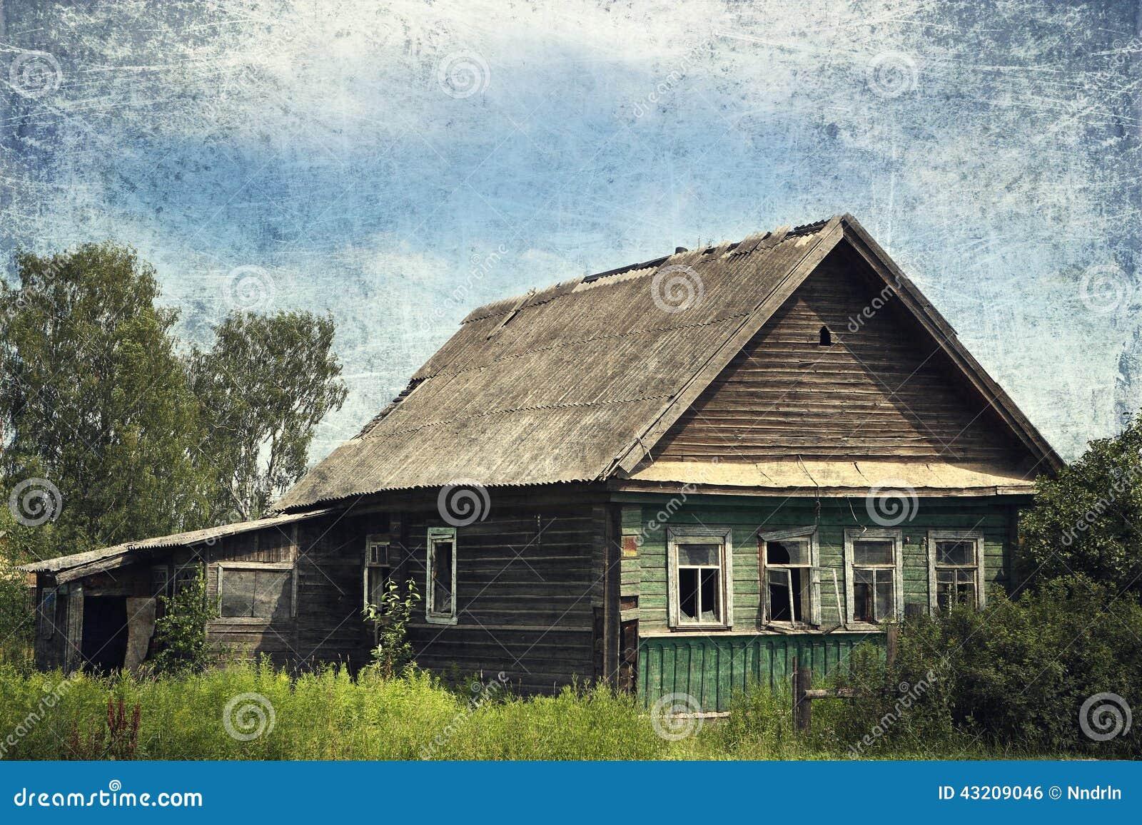 Download Gammalt lantligt för hus arkivfoto. Bild av lantligt - 43209046