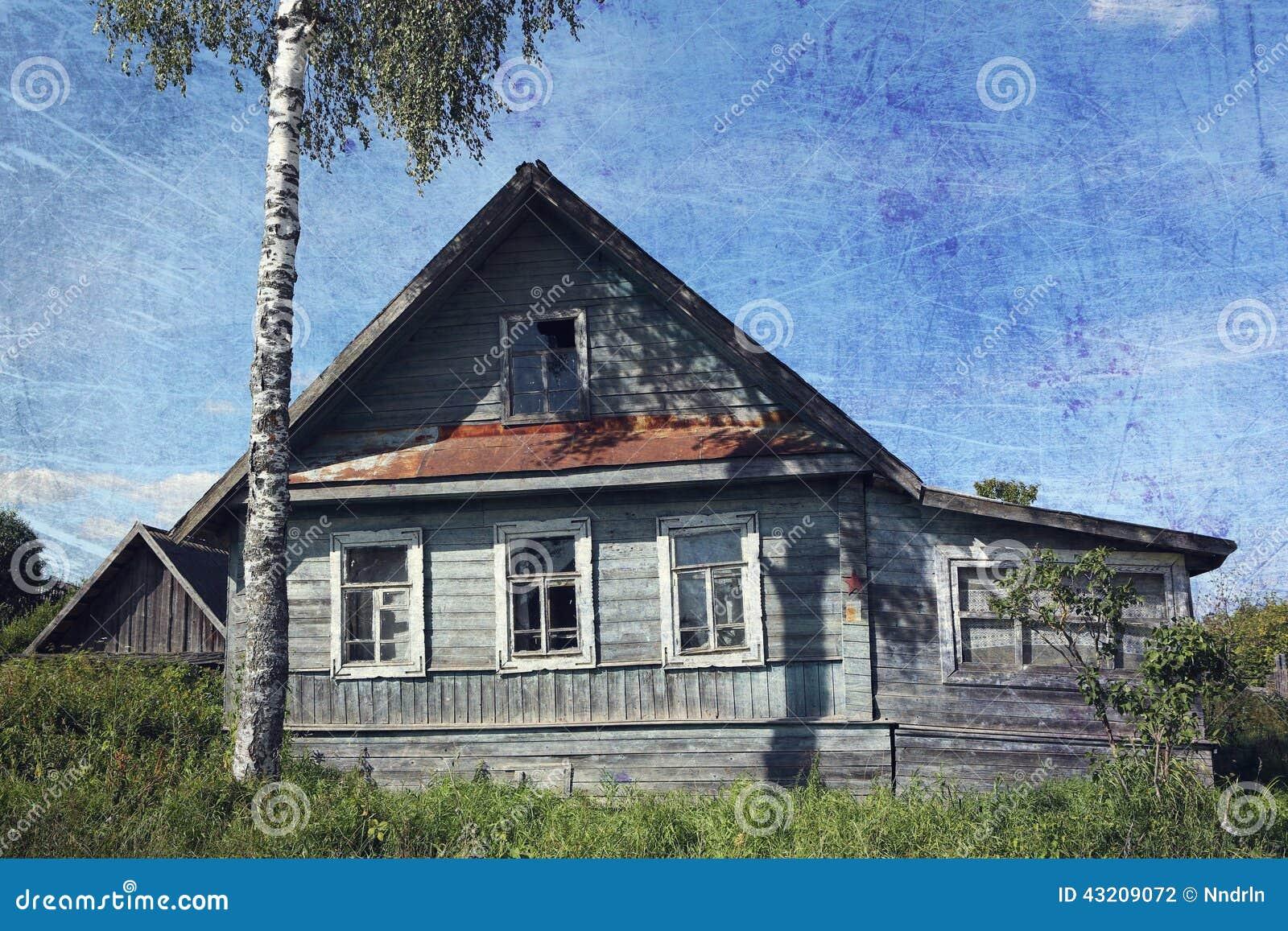 Download Gammalt lantligt för hus arkivfoto. Bild av igen, konstruktion - 43209072