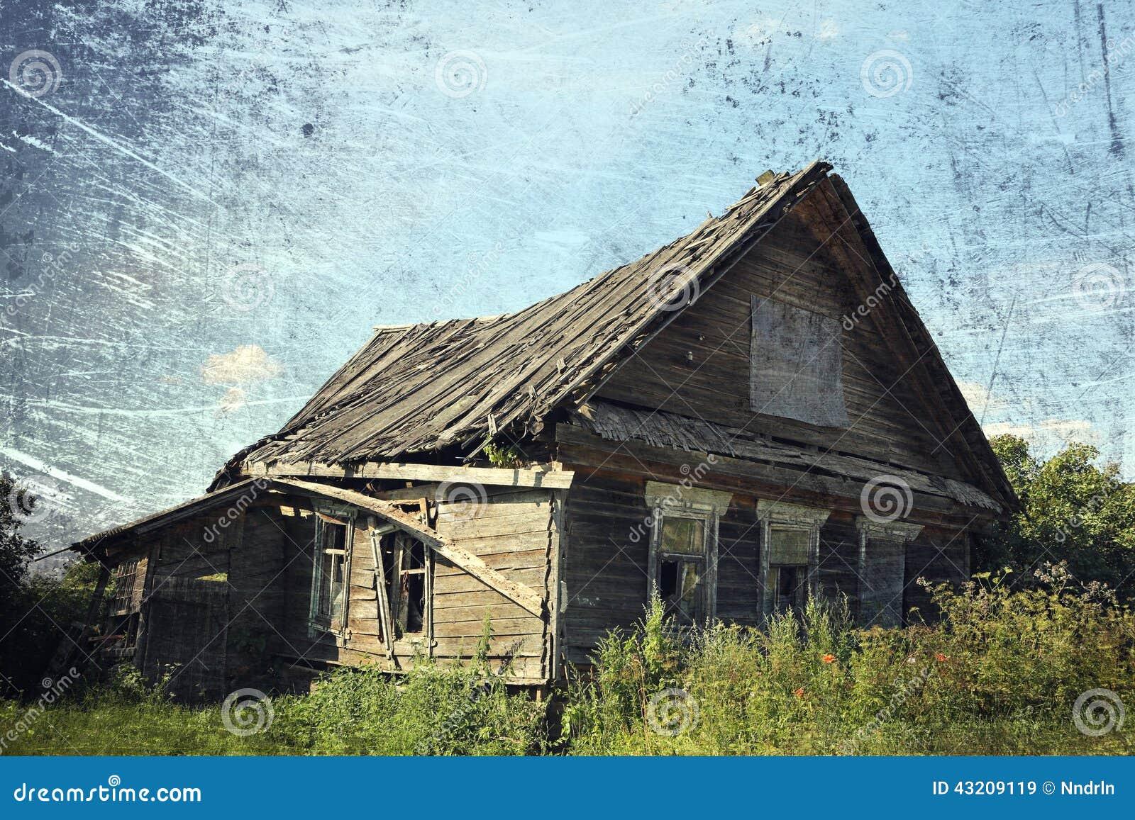 Download Gammalt lantligt för hus fotografering för bildbyråer. Bild av lantligt - 43209119