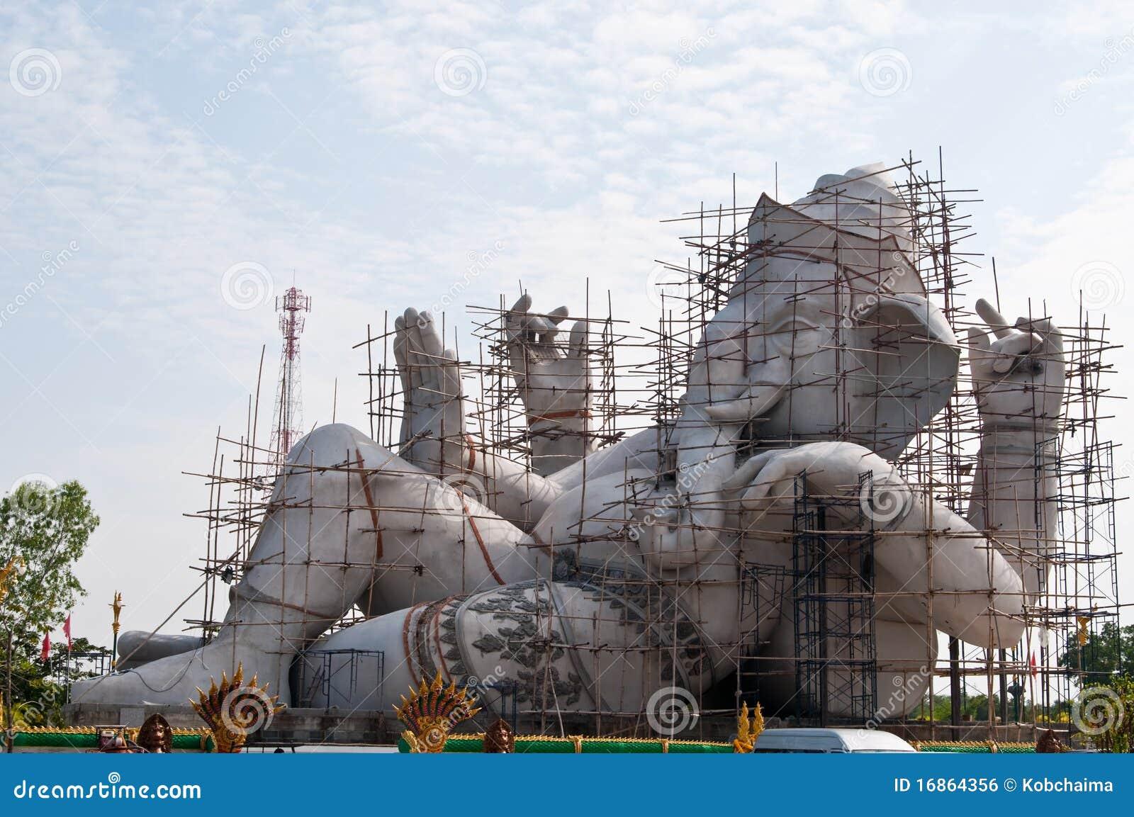 Ganesha sob a construção