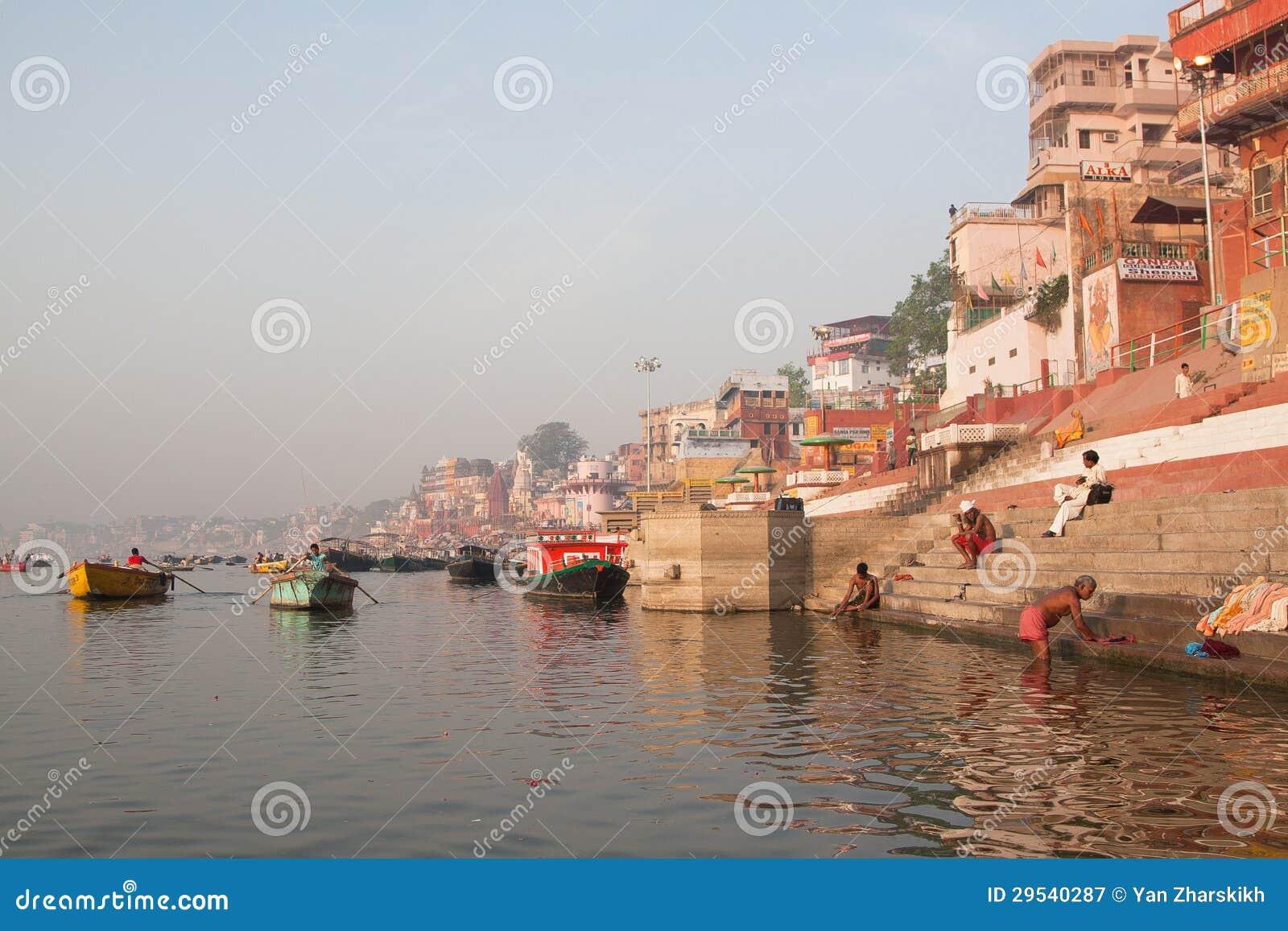 Ganga e puja da manhã