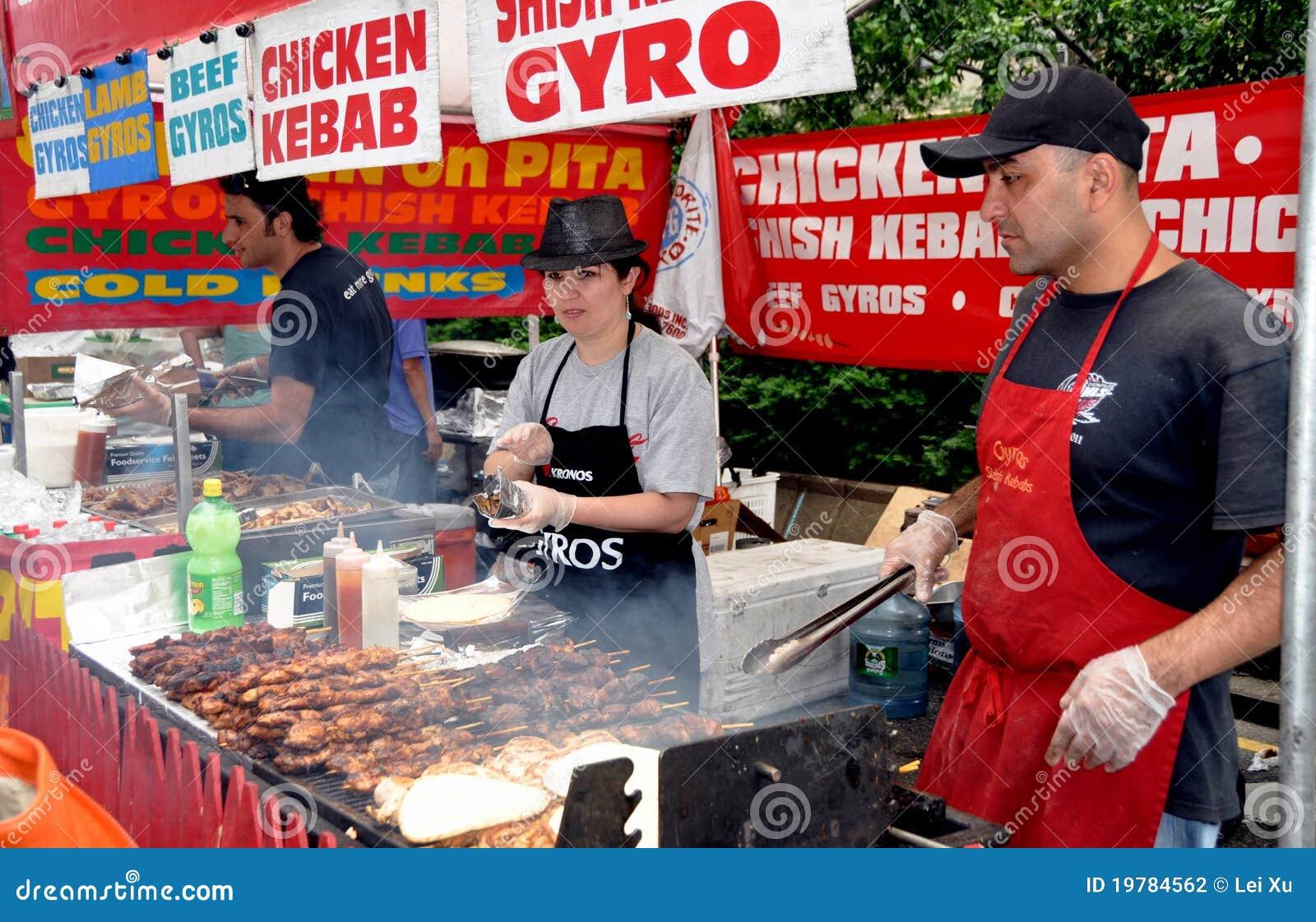 Ganska grillad meatsnyc som säljer säljare