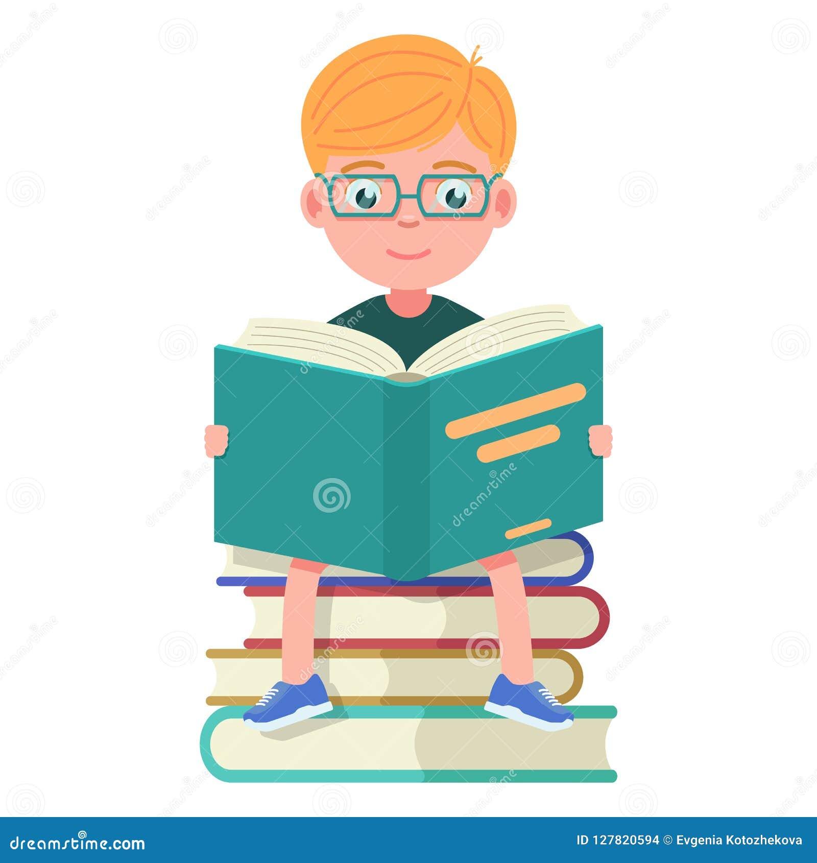 Garcon Avec Des Verres Se Reposant Et Des Livres De Lecture