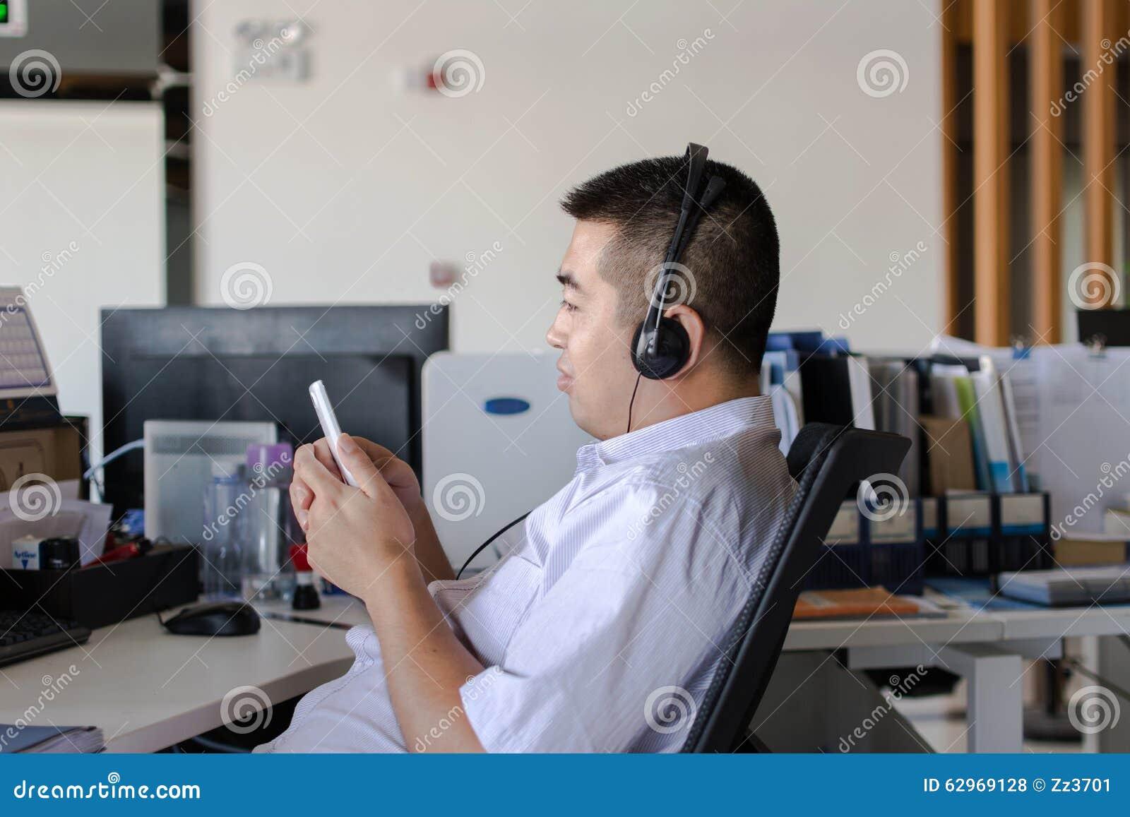 L'écoute et l'enregistrement des appels sur le lieu de travail