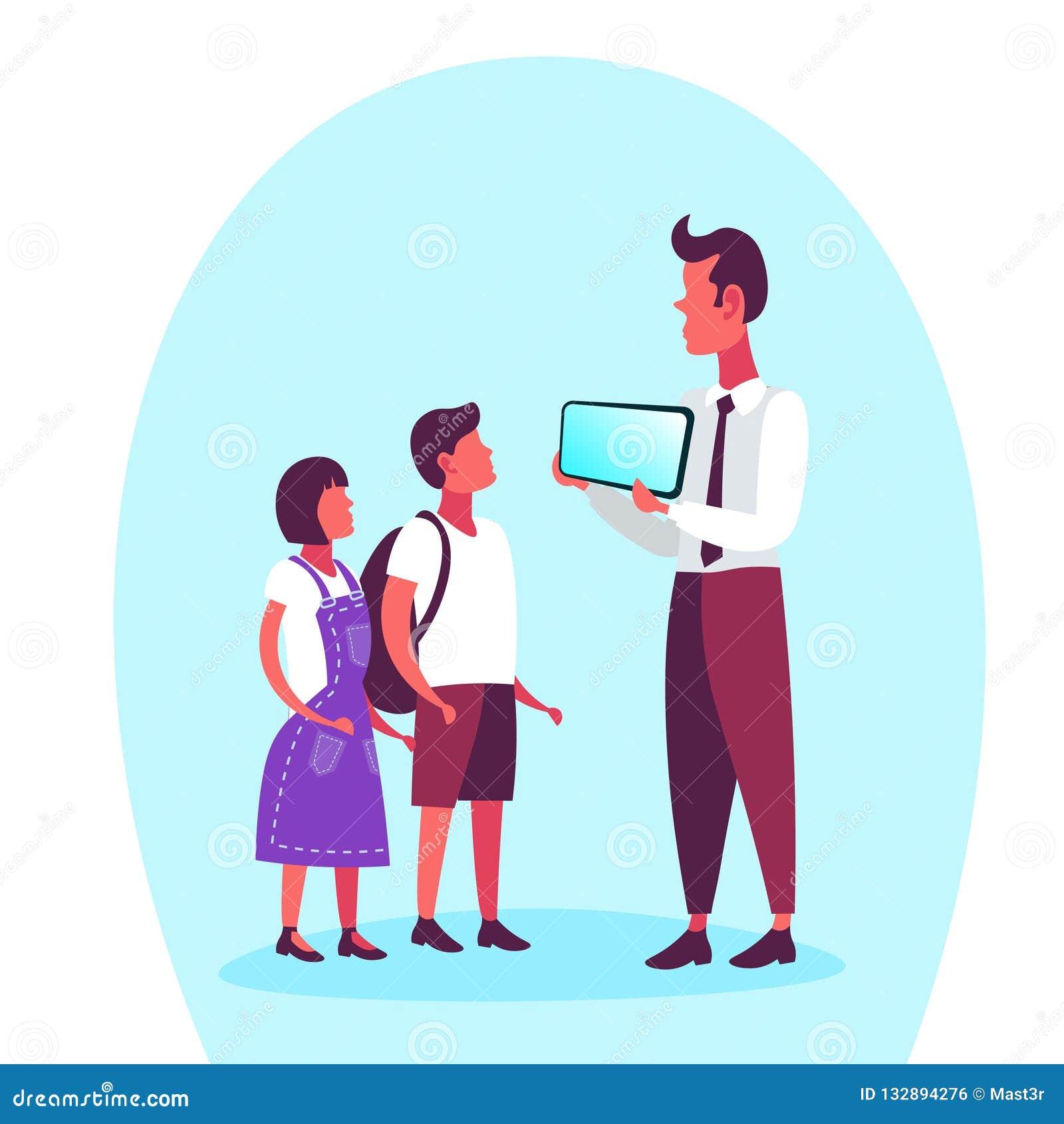 Garçon De Fille D école Avec Le Père Présent L Appartement
