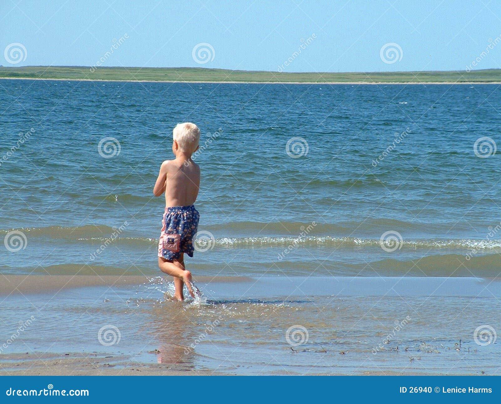Garçon de plage