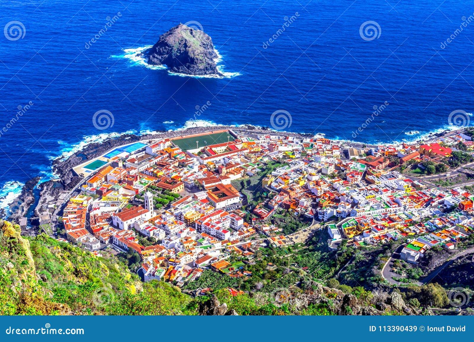 Garachico, Ténérife, Îles Canaries, Espagne : Aperçu du col