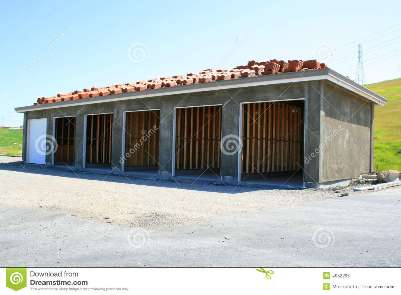 Building garage under house cost