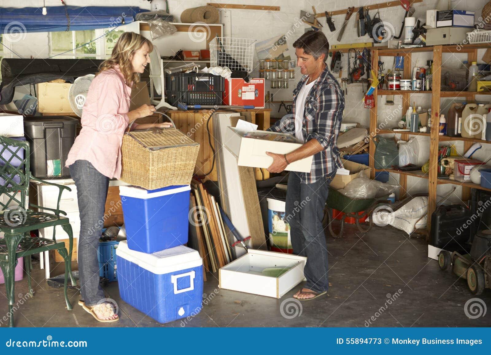 Garage di schiarimento delle coppie da vendere la vendita for Oggetti usati gratis