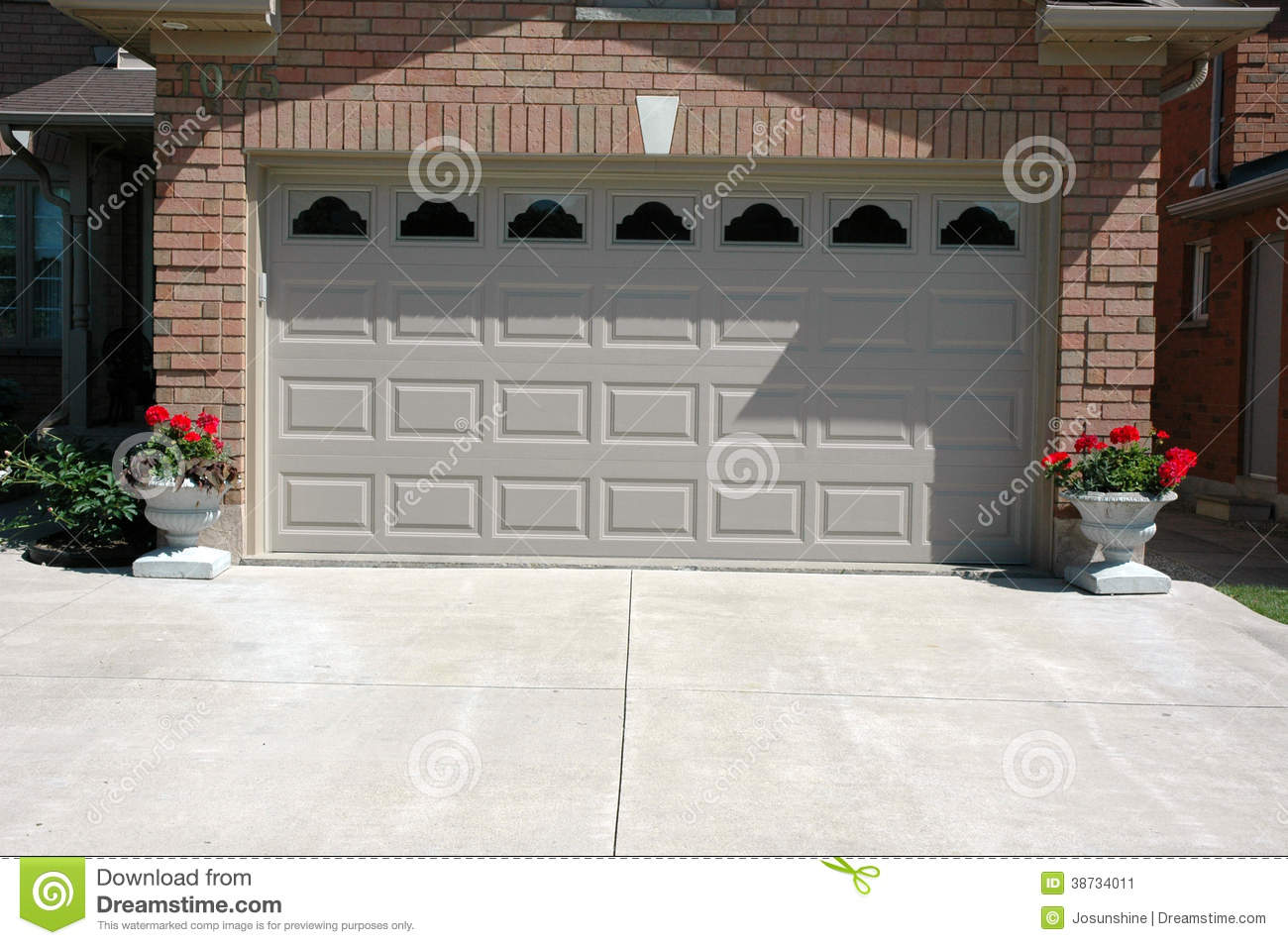 954 #82A328 Garage Door Double With Windows And Cement Driveway. wallpaper Double Garage Doors With Windows 38451300