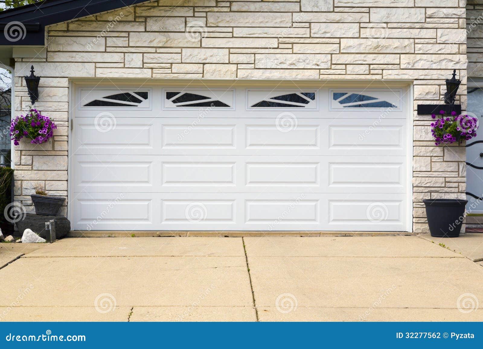 Garage door prices - Garage Door Stock Photography Image 32277562