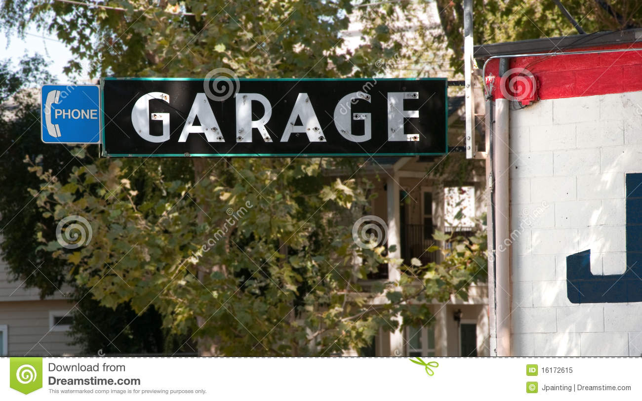 Garage sign for auto repair shop royalty free stock photo for Garage fix auto nimes