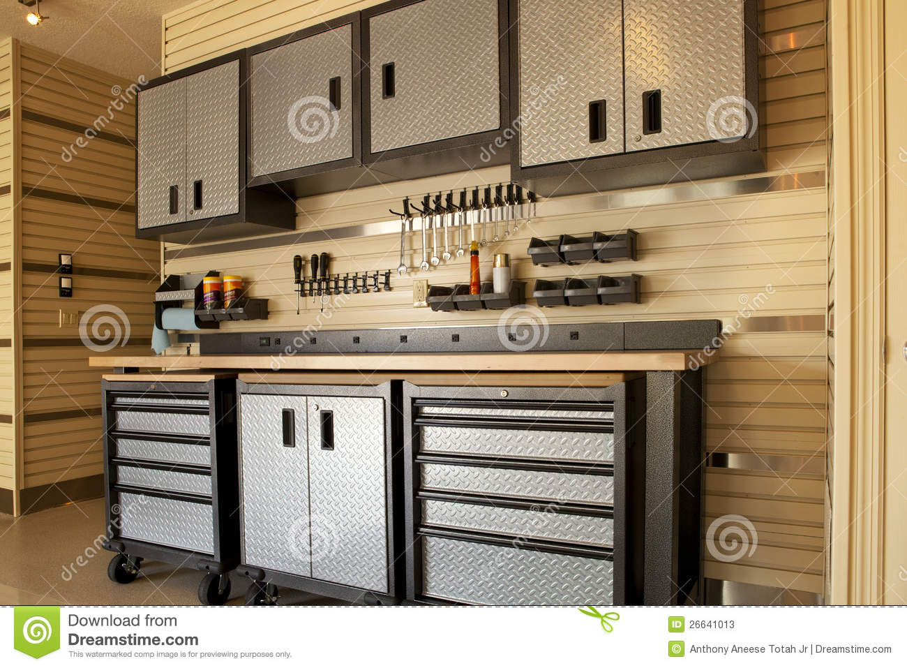 Garage Workspace Stock Photos Image 26641013