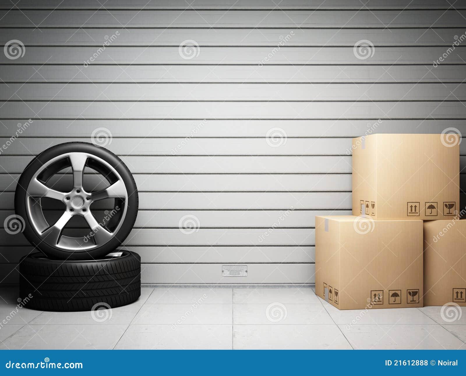 Garagem com peças sobresselentes do carro