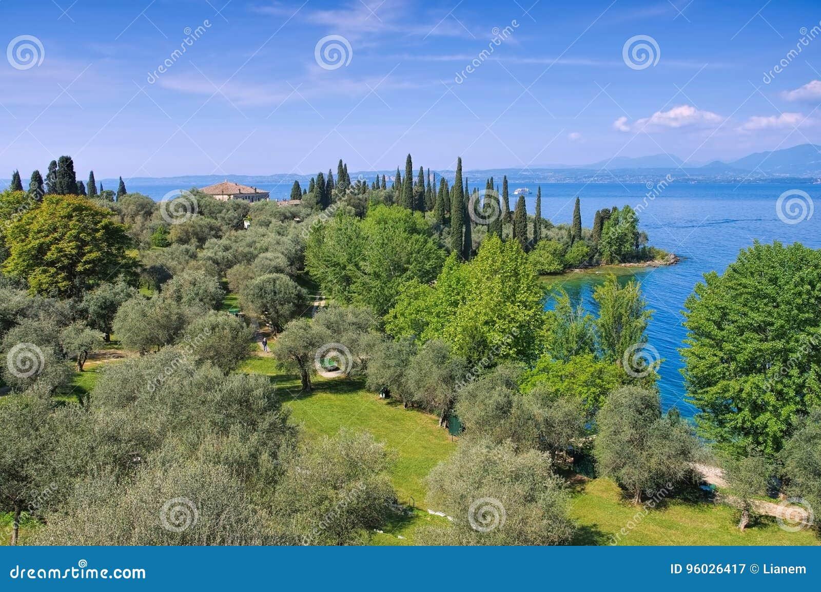 Garda jeziorny punta San vigilio