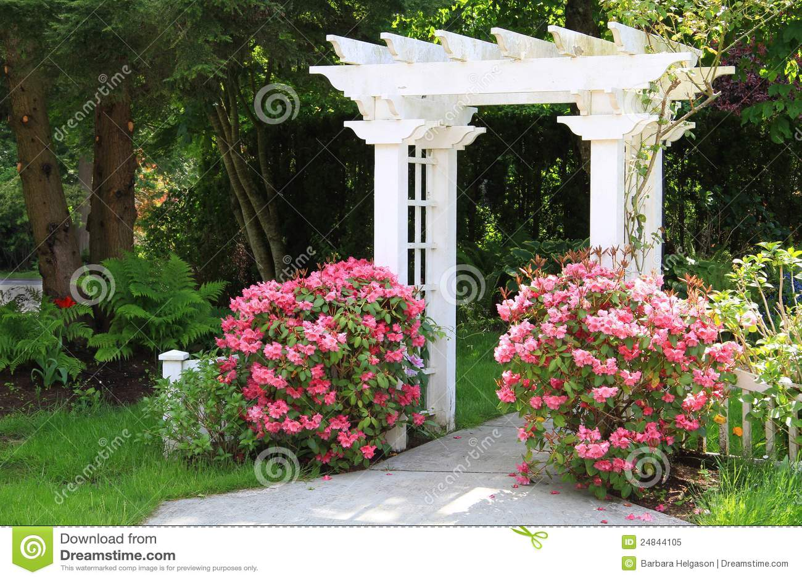 Garden Arbor Stock Image - Image: 9674901