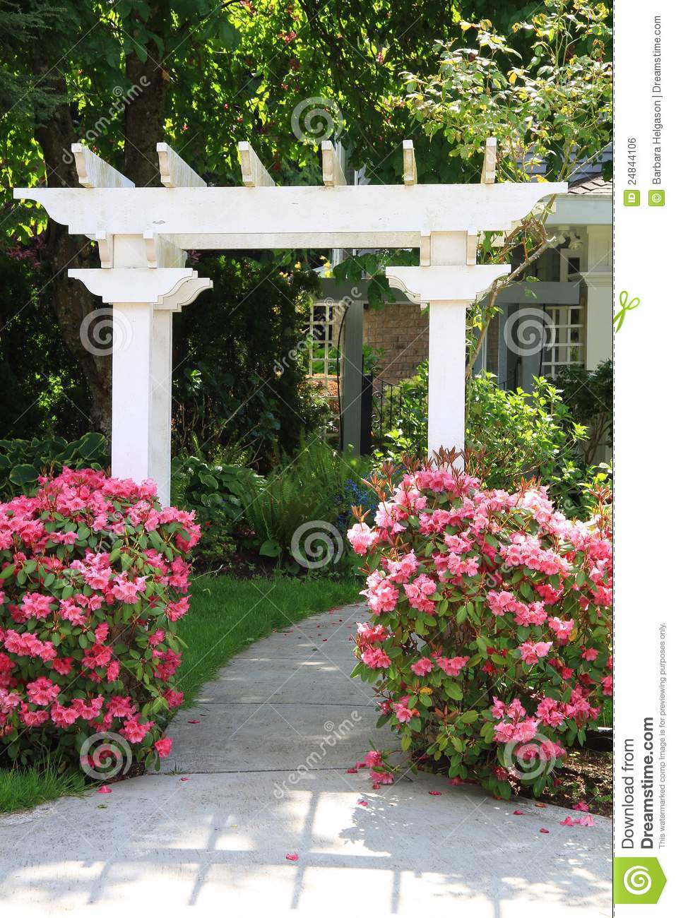 Garden Arbor And Pink Flowers Royalty Free Stock Image Image