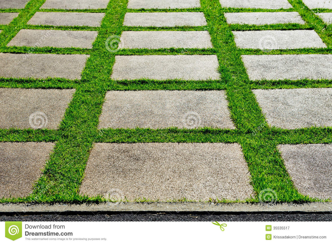 Garden blocks stock image image of meadow block brick for Bloque de cemento para jardin