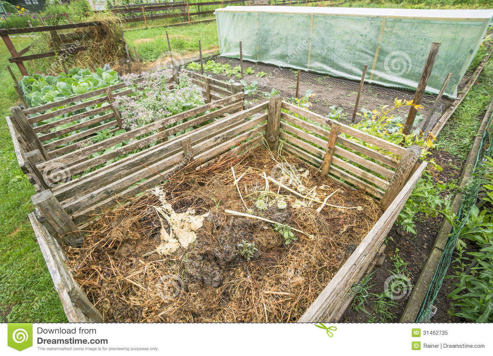 Garden Compost Bin Royalty Free Stock Photo Image 31462735