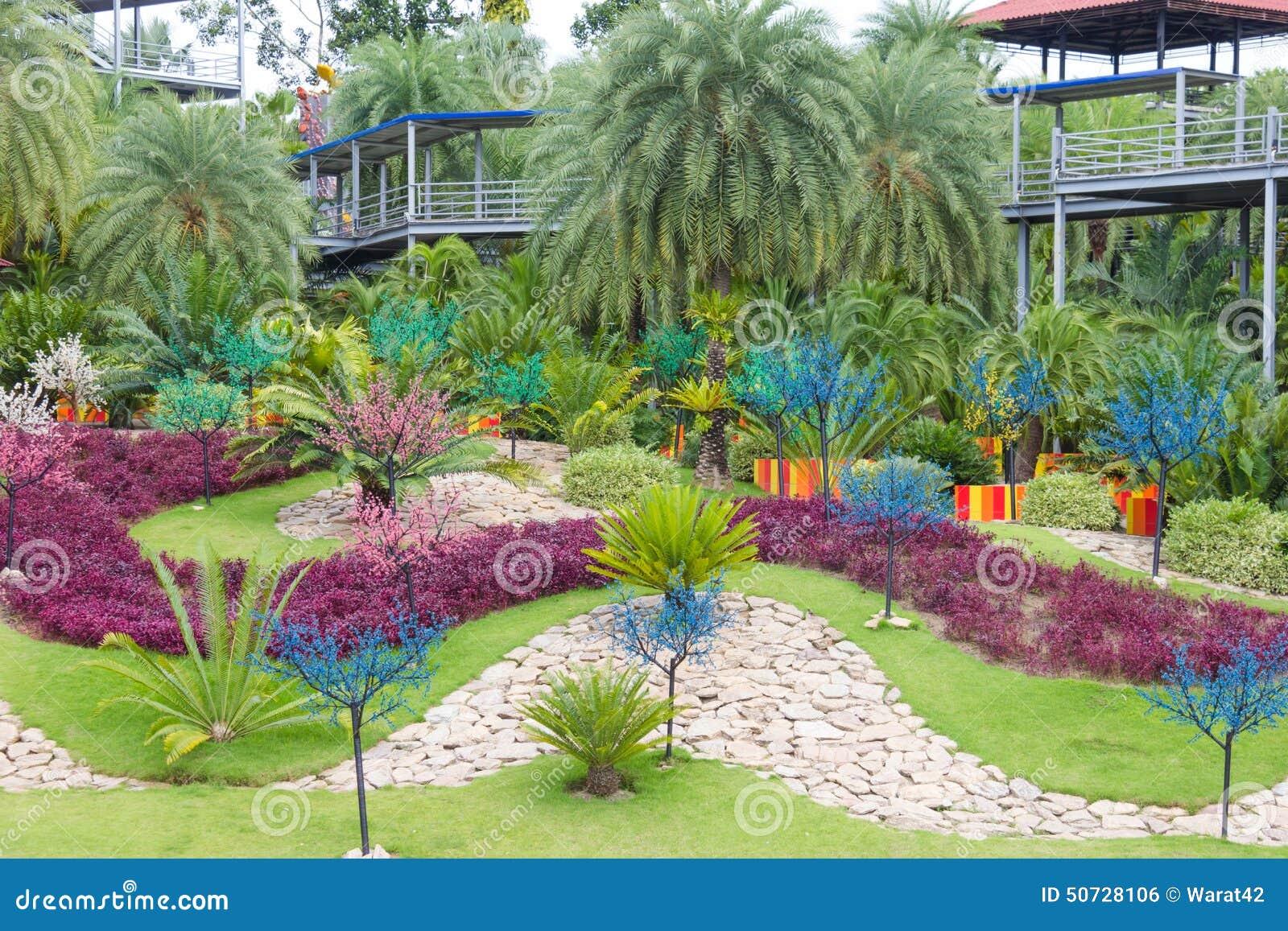 the garden decoration in nong nooch tropical garden in pattaya