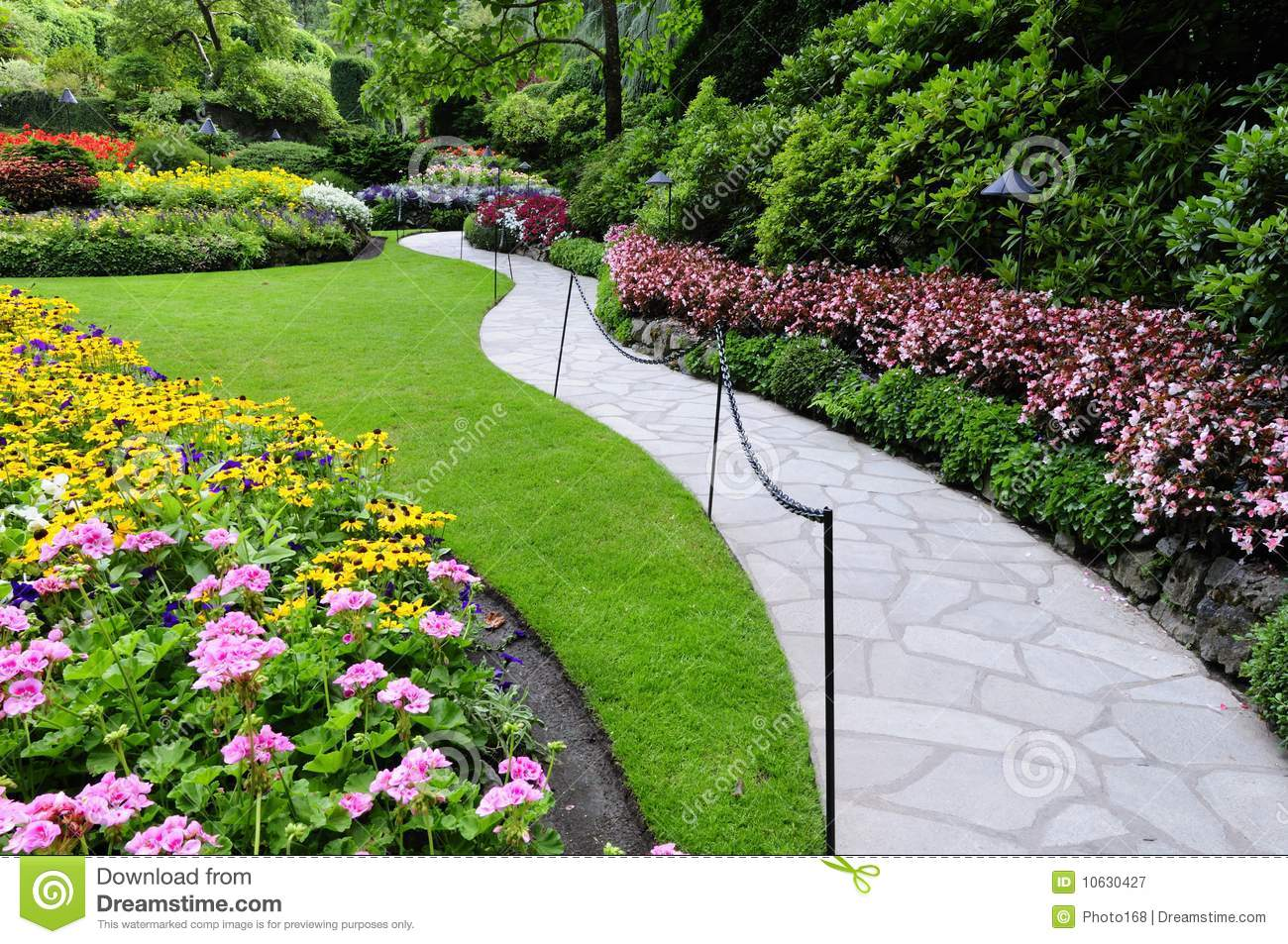 Garden Footpath Stock Image. Image Of Green, Curve
