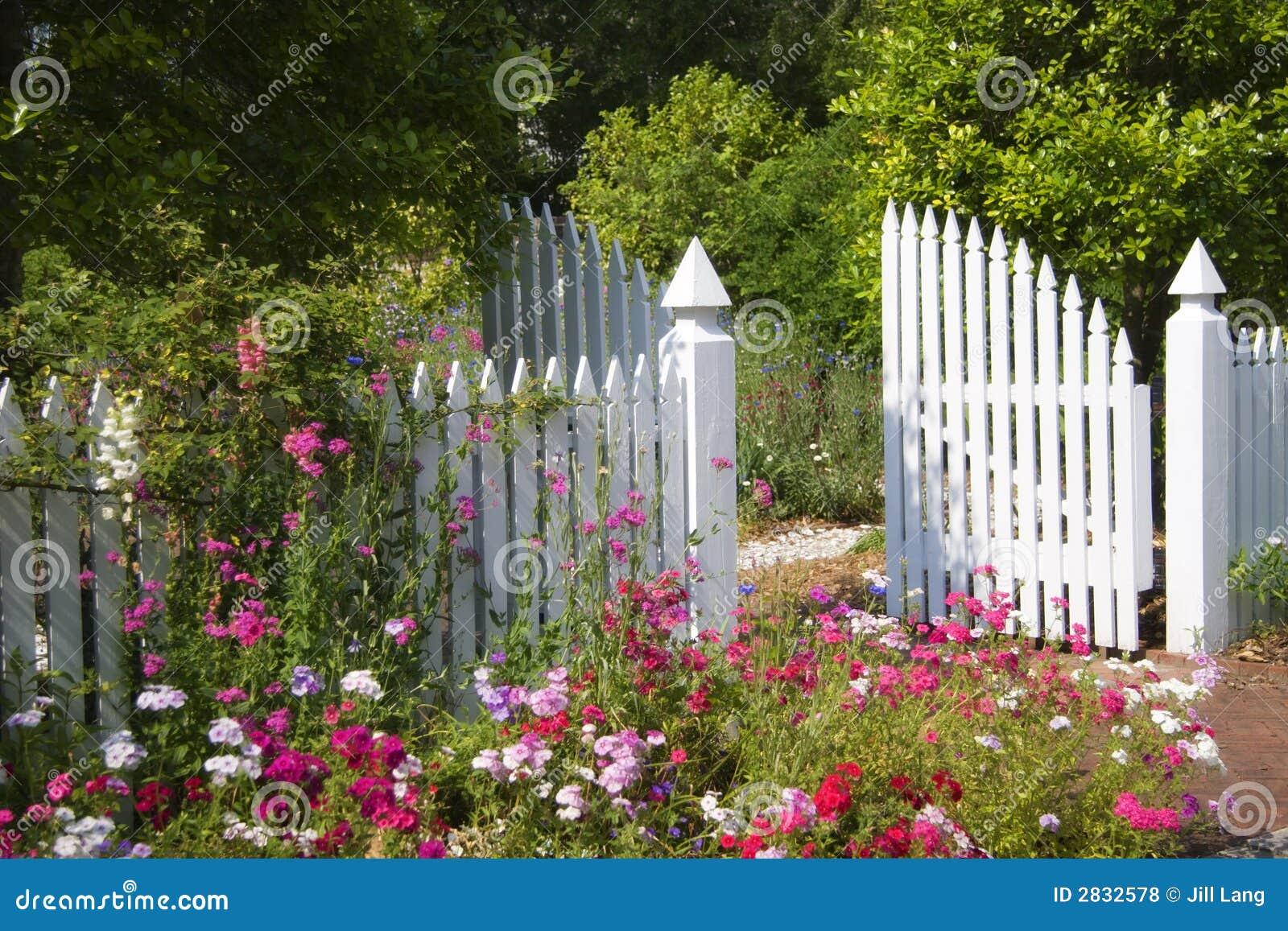 Garden Gate Royalty Free Stock Photos Image 2832578