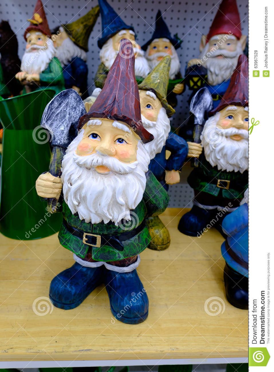 garden gnome at christmas time - Fred Meyer Hours Christmas