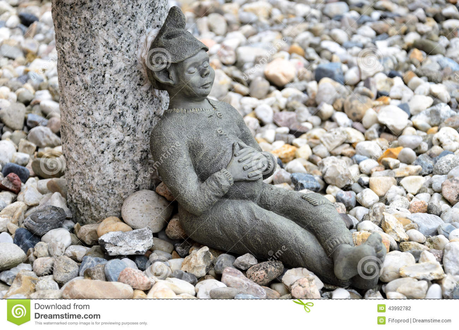 Garden Gnome at lunch break