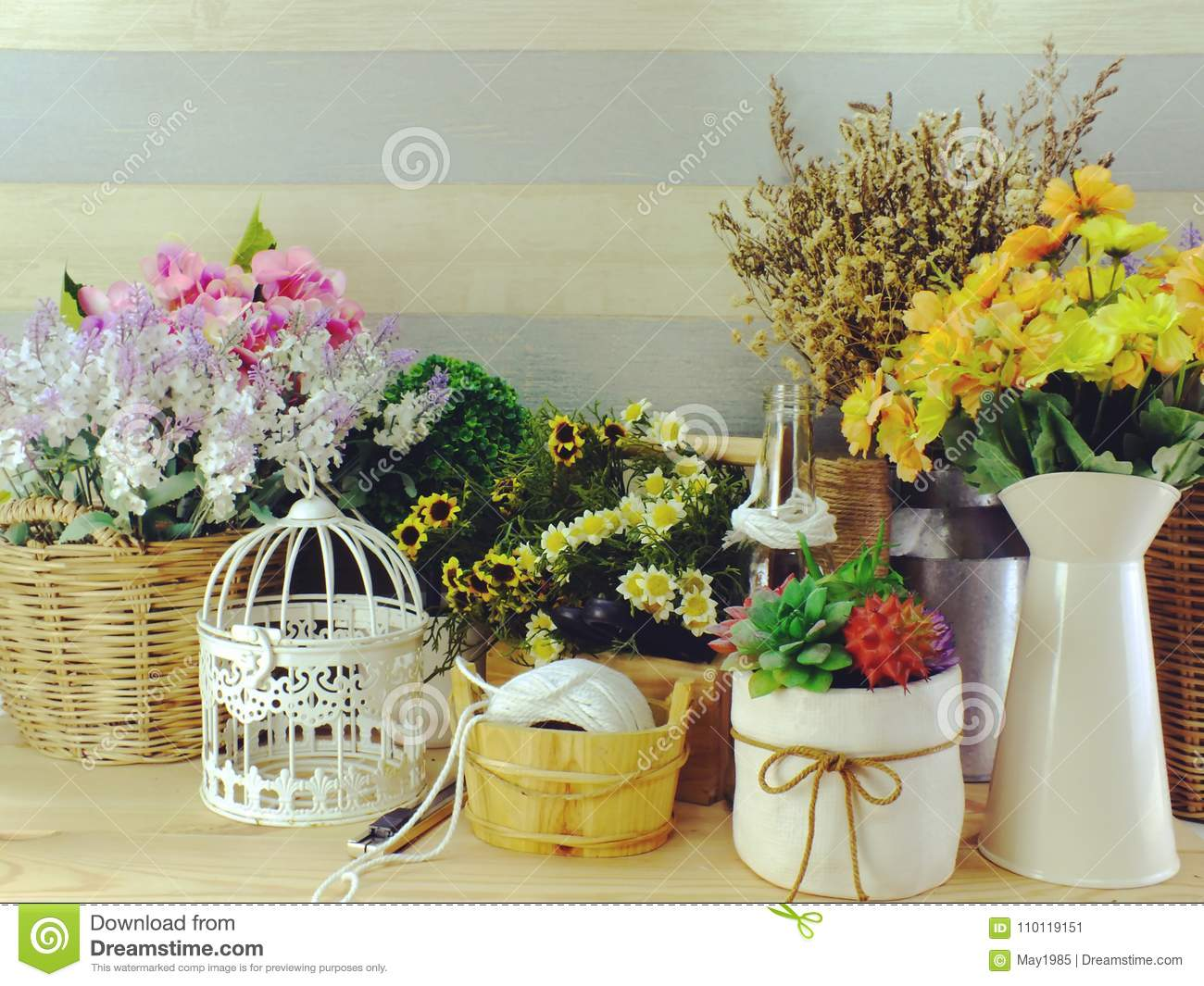 Garden And Home Decor With Accessories Decoration For Home Living And  Wedding Event
